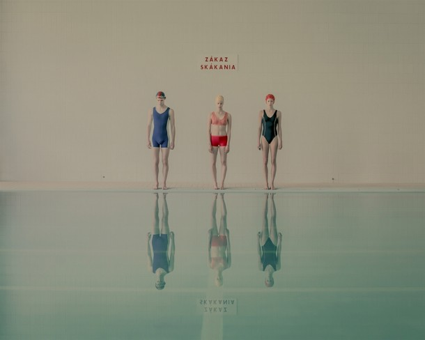 14155774752944_swimming pool 2