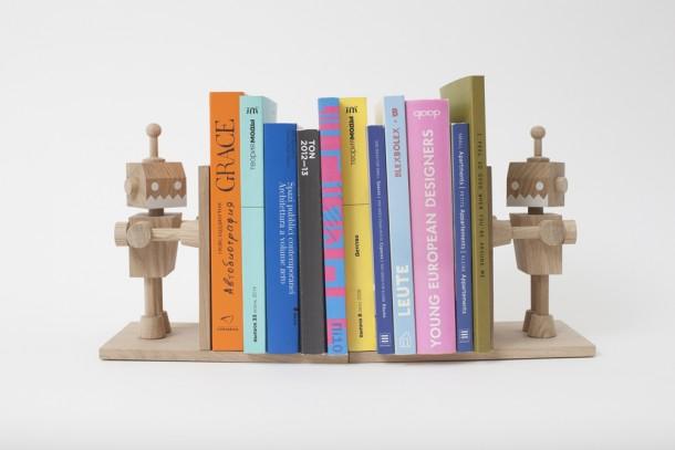 Books hanger by Кatya Tolstykh