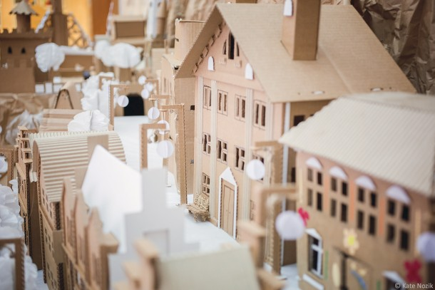 miniature-cardboard-town_14180352491_o